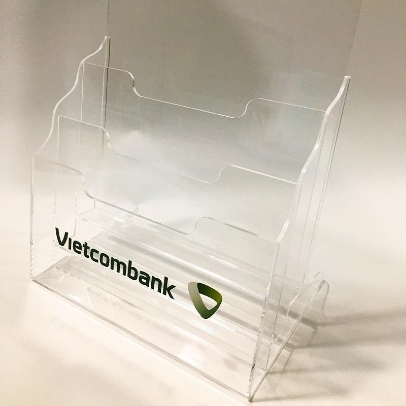 Kệ tờ rơi Vietcombank
